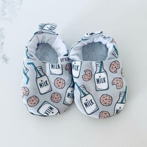Newborn slippers- milk&cookies